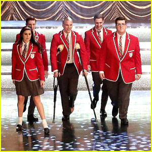glee-we-built-this-glee-club-stills